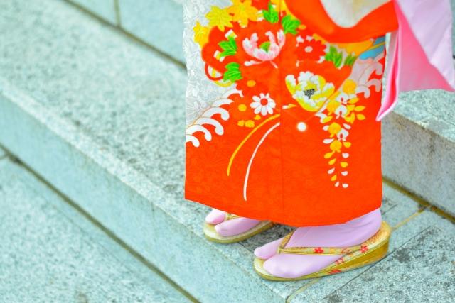 【異文化交流】子供の和服散歩で外国人観光客と交流できる!?